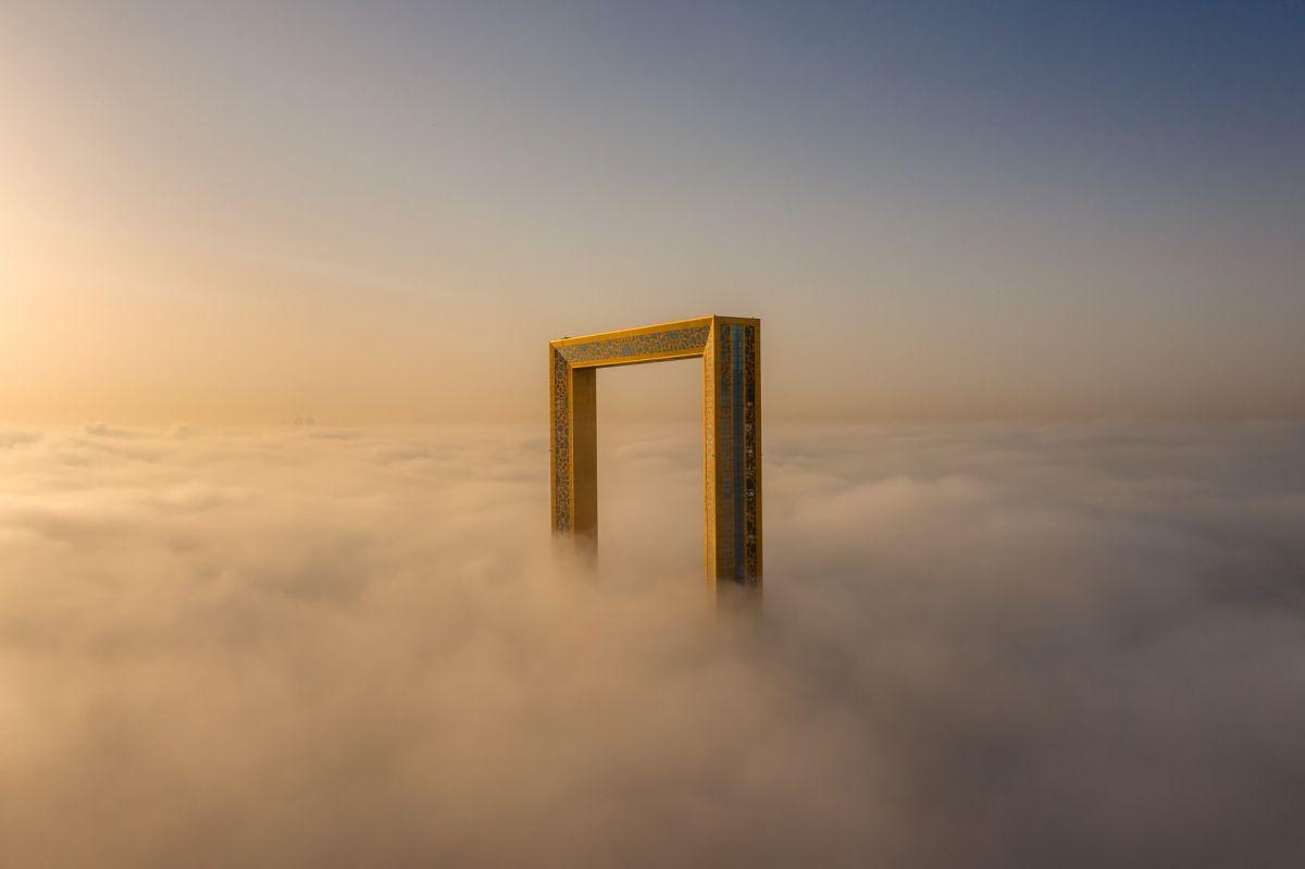 The Frame (Khung trời) - tác giả: bachir_photo_phactory
