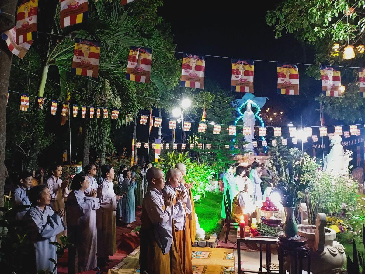 Le Phat Dan 2564 Cua Gdpt Tam Bao Ha Tien 08