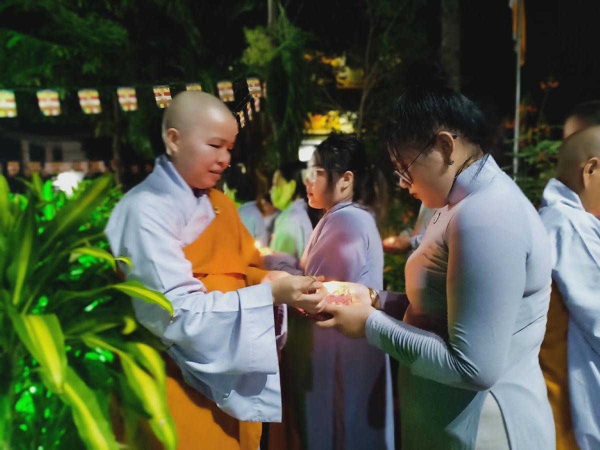 Le Phat Dan 2564 Cua Gdpt Tam Bao Ha Tien 10