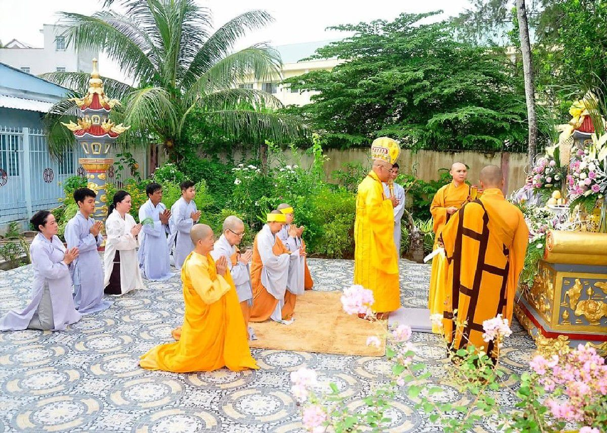Le Dai Tuong Co Ni Truong Thich Nu Nhu Dinh 05