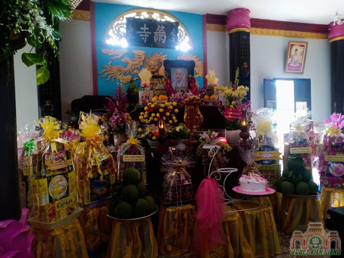 Hoai Niem An Su Le Dai Tuong Co Ni Truong Thich Nu Nhu Hai 02