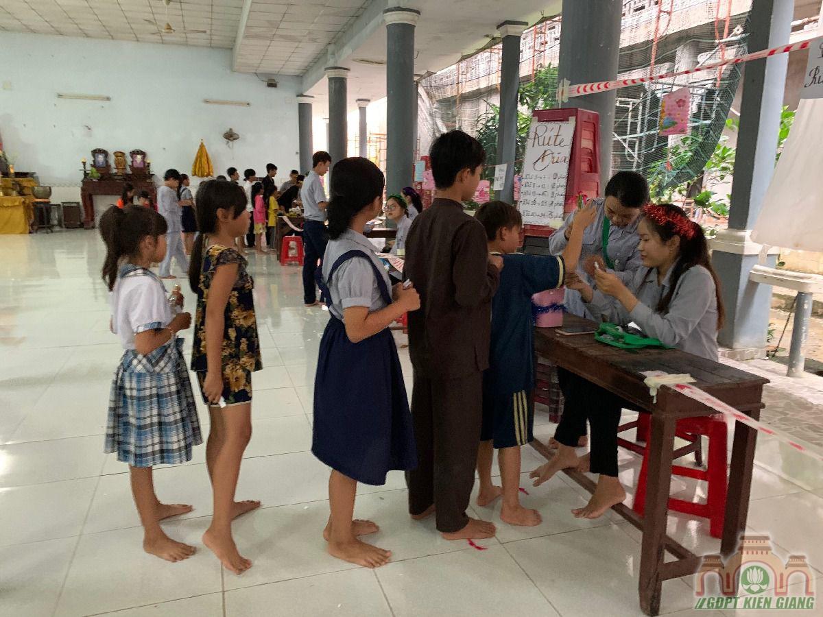 Ngay Hoi Trang Ram Trung Thu Se Chia Gdpt Buu Tho 03