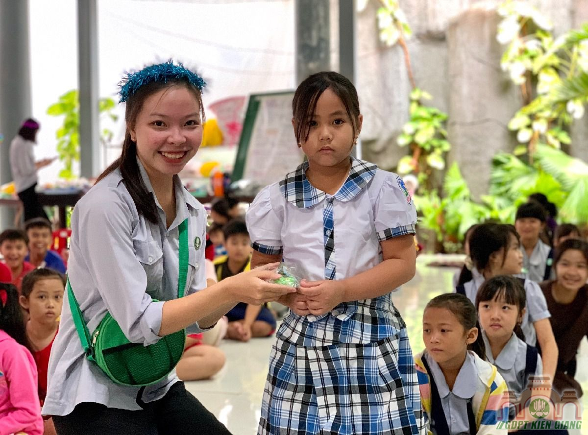 Ngay Hoi Trang Ram Trung Thu Se Chia Gdpt Buu Tho 05