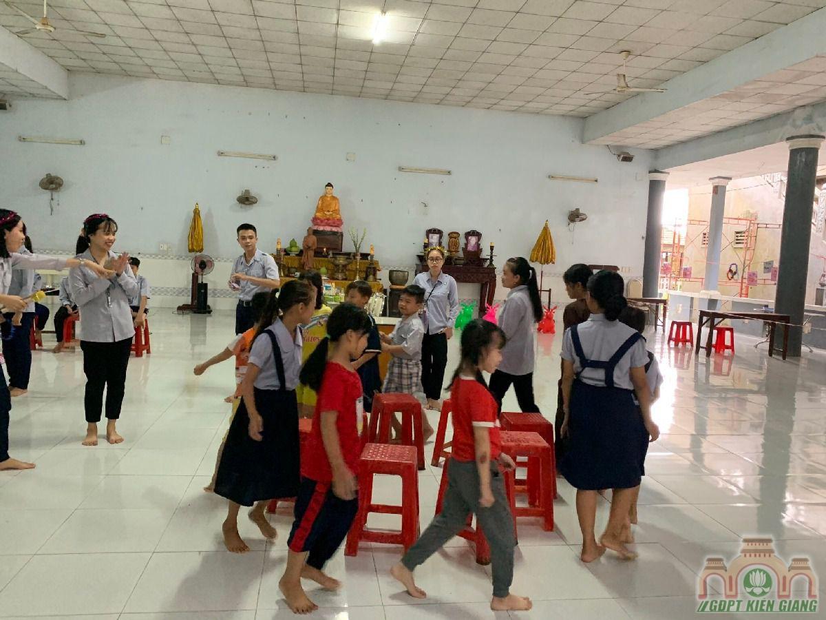 Ngay Hoi Trang Ram Trung Thu Se Chia Gdpt Buu Tho 08