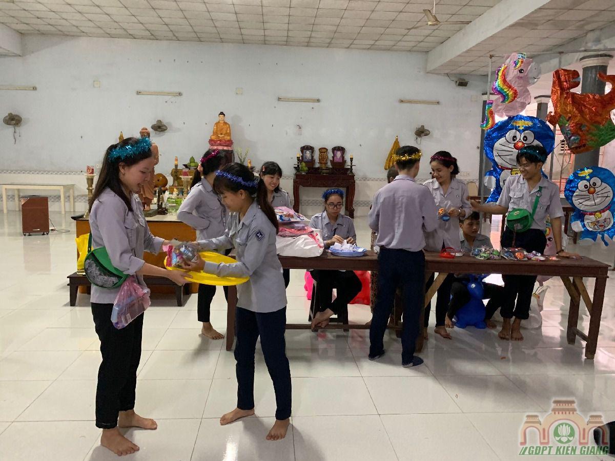 Ngay Hoi Trang Ram Trung Thu Se Chia Gdpt Buu Tho 16
