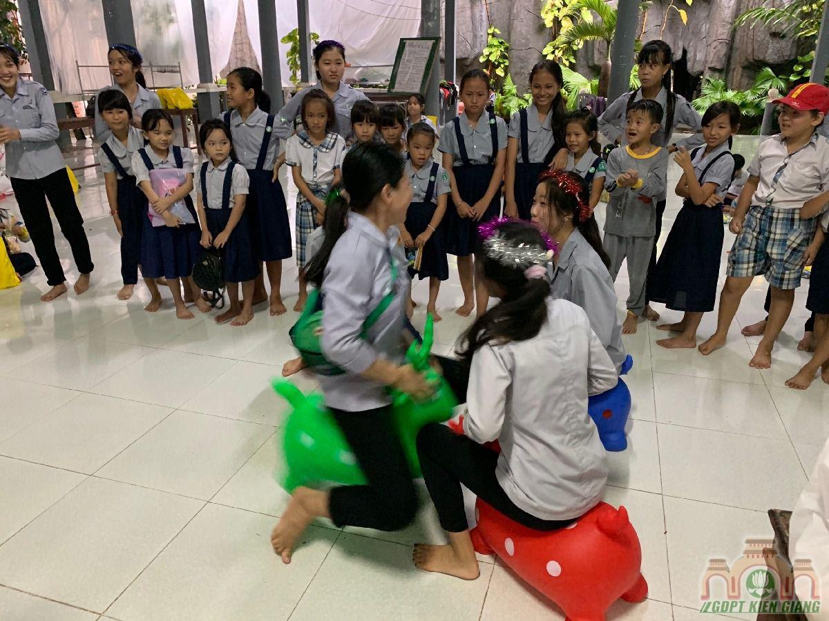 Ngay Hoi Trang Ram Trung Thu Se Chia Gdpt Buu Tho 28