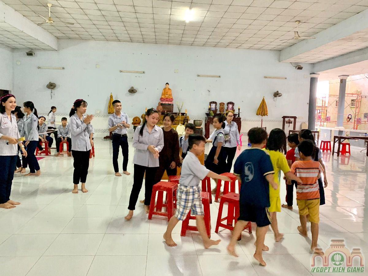 Ngay Hoi Trang Ram Trung Thu Se Chia Gdpt Buu Tho 37