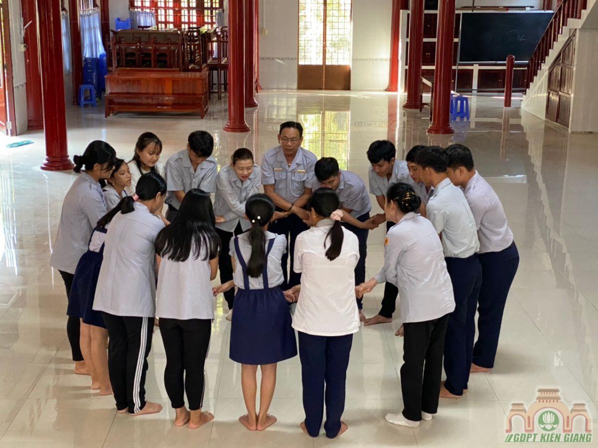 Pb Gia Dinh Phat Tu Kien Giang To Chuc Ky Thi Len Bac Nam 2020 18