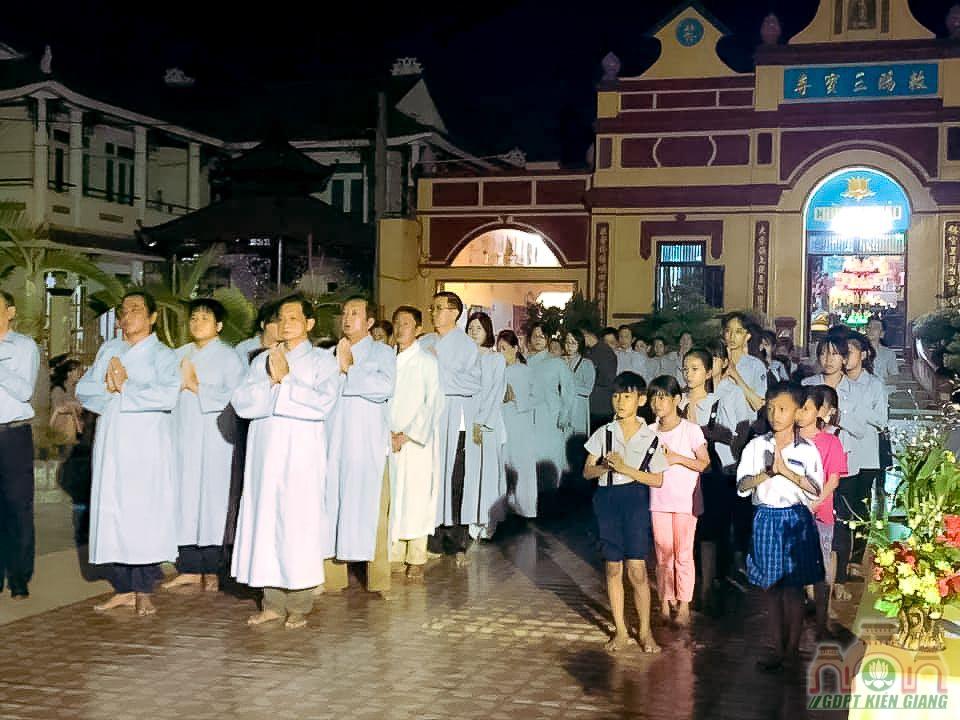 Le Thanh Dao Va Chu Nien 2020 Gia Dinh Phat Tu Tam Bao Tp Ha Tien 03