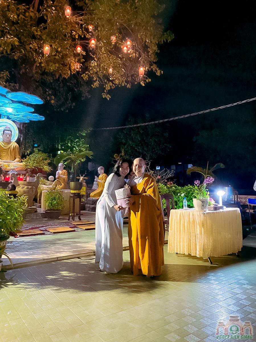 Le Thanh Dao Va Chu Nien 2020 Gia Dinh Phat Tu Tam Bao Tp Ha Tien 10