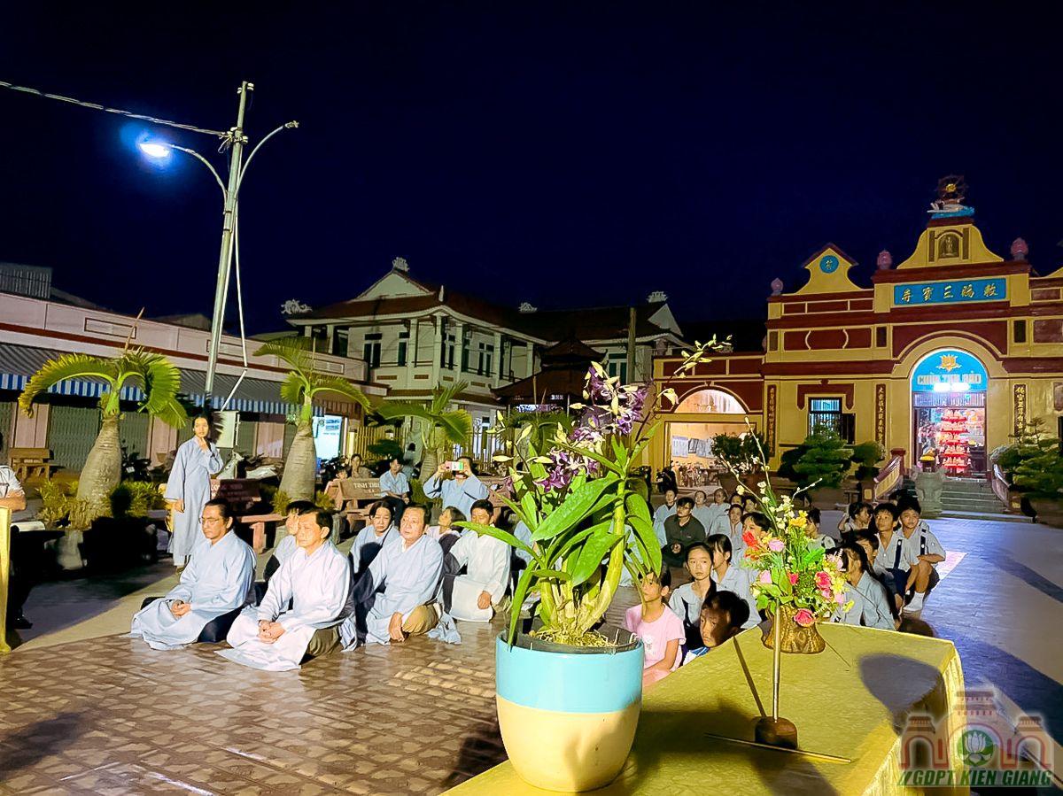 Le Thanh Dao Va Chu Nien 2020 Gia Dinh Phat Tu Tam Bao Tp Ha Tien 15