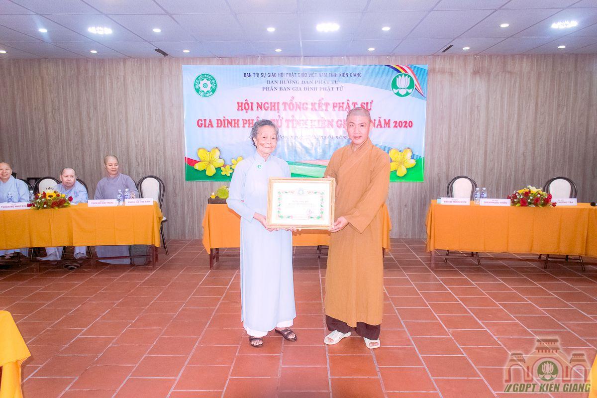 Phan Ban Gdpt Kien Giang Tong Ket Hoat Dong Phat Su Nam 2020 08