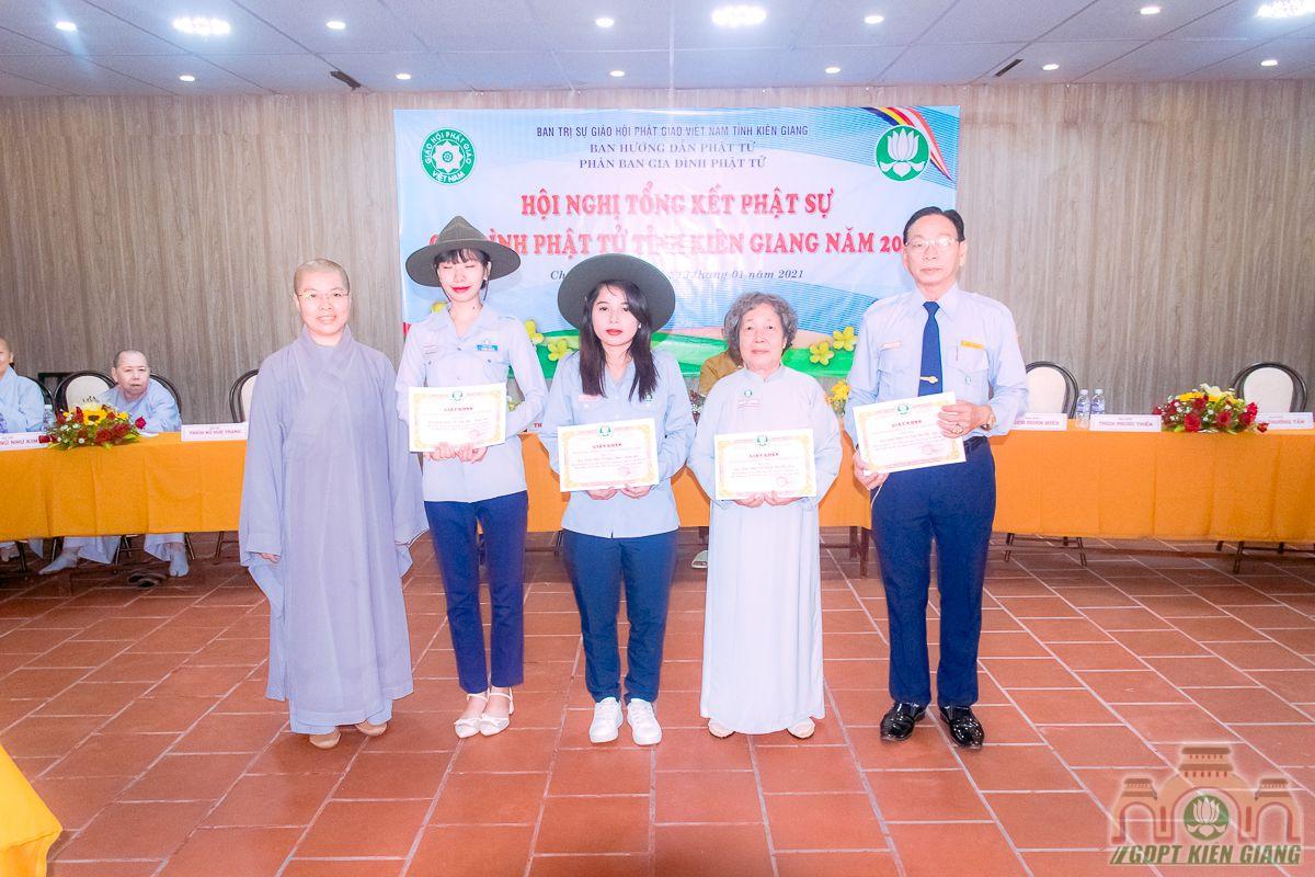 Phan Ban Gdpt Kien Giang Tong Ket Hoat Dong Phat Su Nam 2020 09