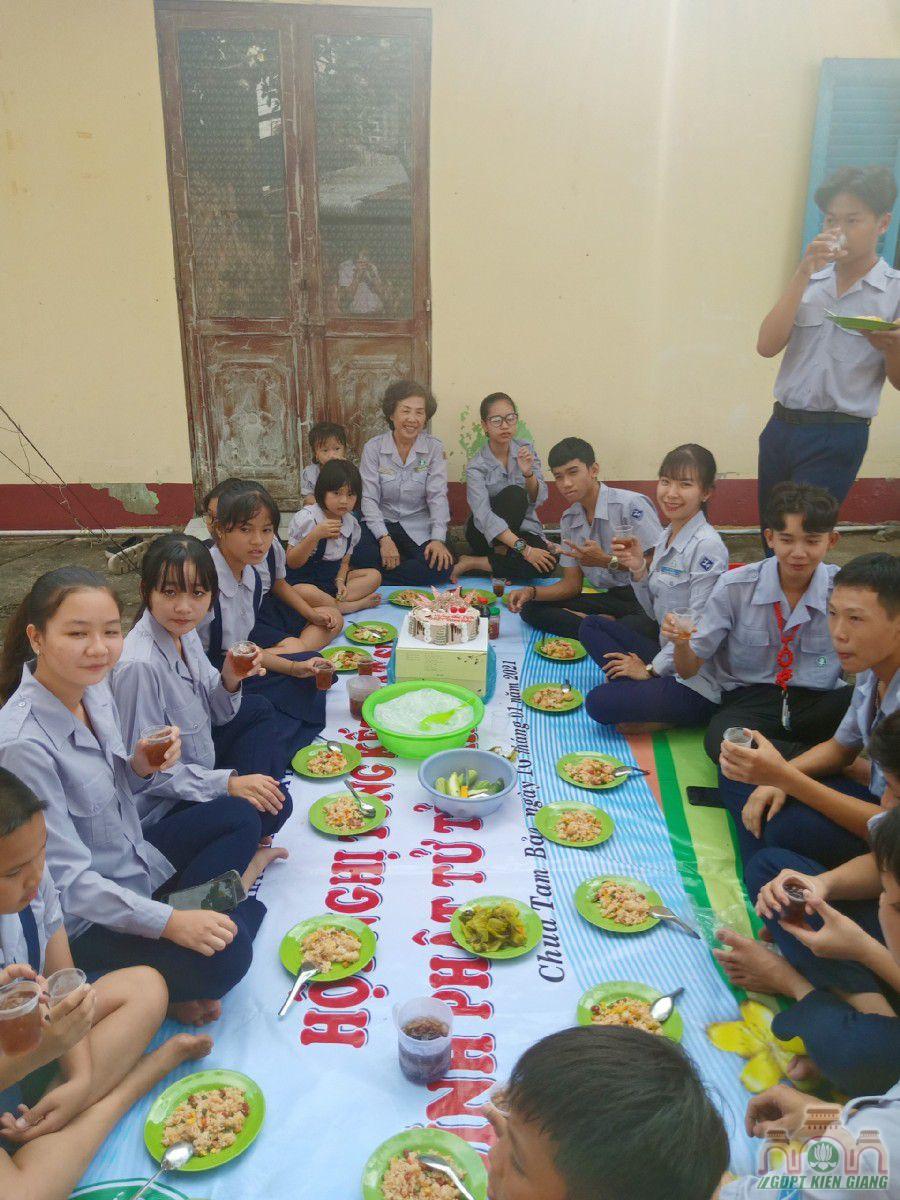 Gdpt Tam Bao Mung Chu Nien Lan Thu 64 02