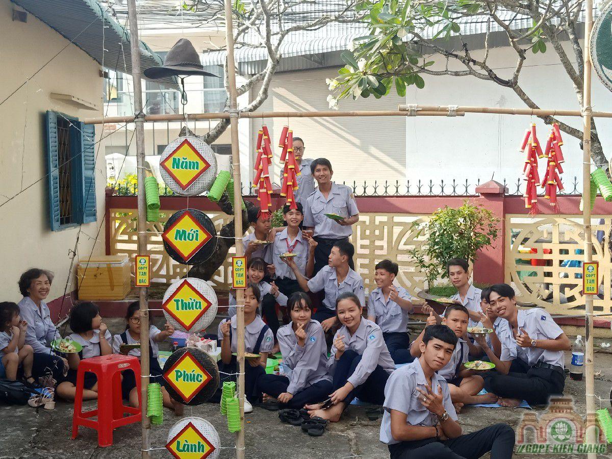 Gdpt Tam Bao Mung Chu Nien Lan Thu 64 03