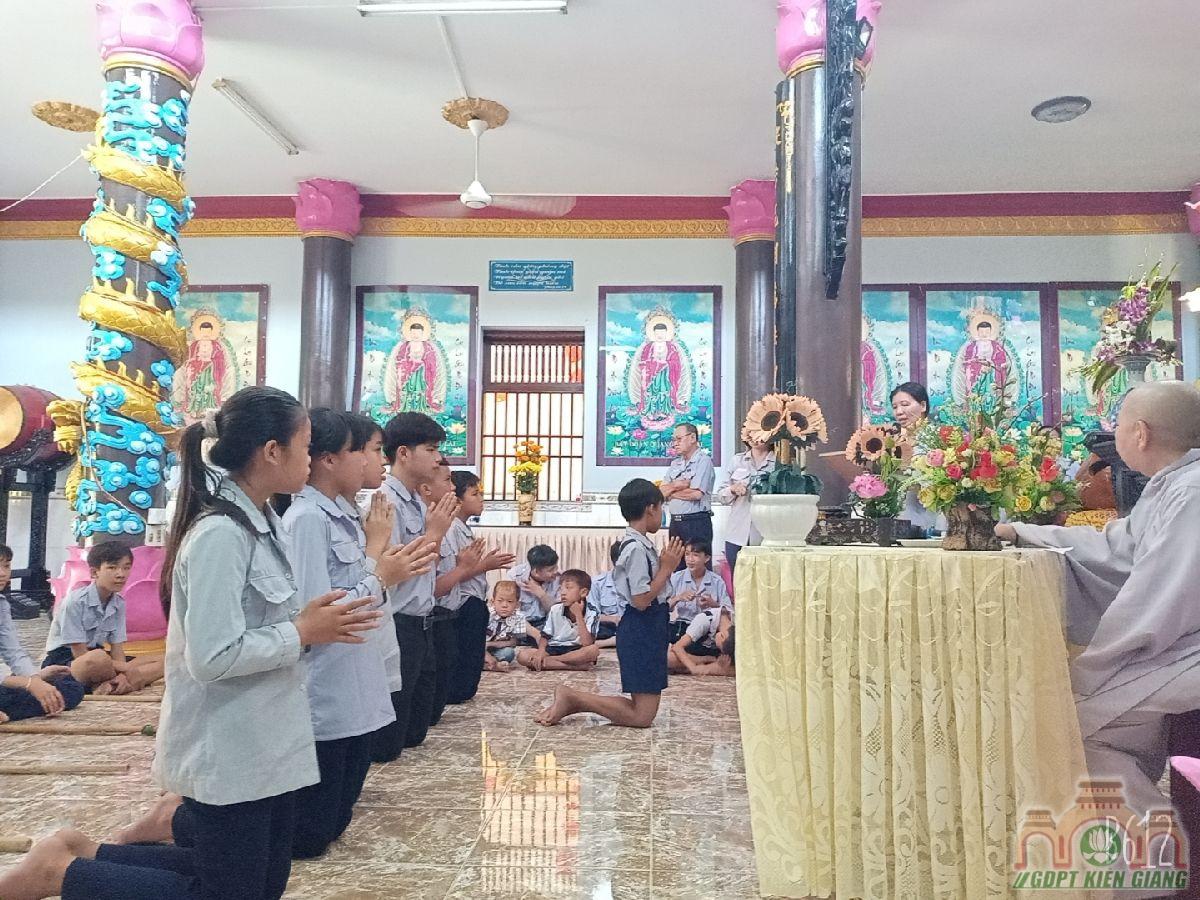 Le Cat Day Len Doan Va Le Phat Nguyen Ket Nap Doan Sinh Gdpt Tam Bao Ha Tien Dau Nam 2021 11